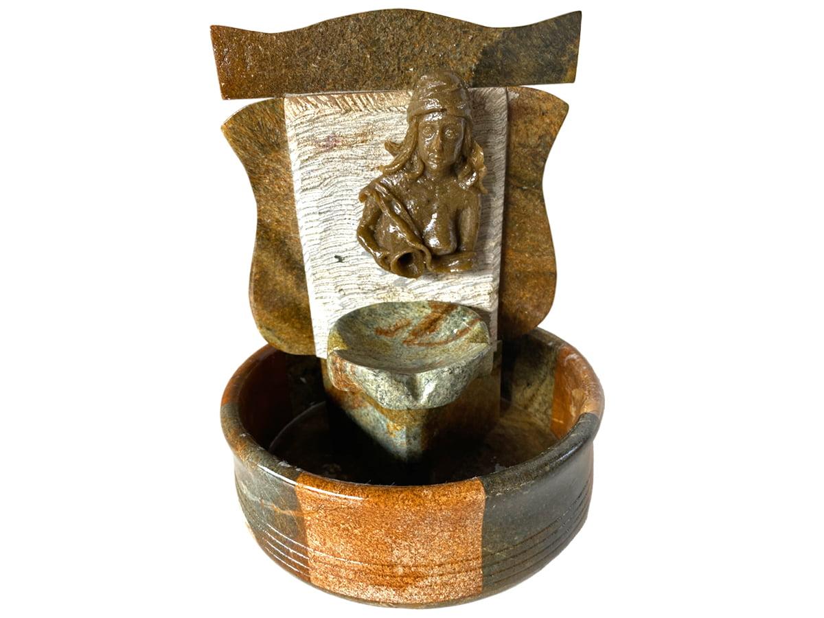 Fonte decorativa Jady de pedra sabão