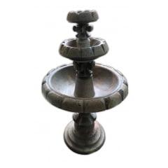 Fonte para jardim de pedra sabão entalhada e apicoada