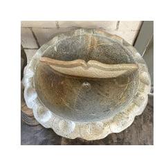 Pia batismal de pedra sabão linda