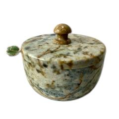 Pimenteira envernizada de pedra sabão