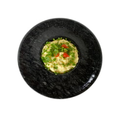 Prato Com formato chapéu invertido ideal para risotos